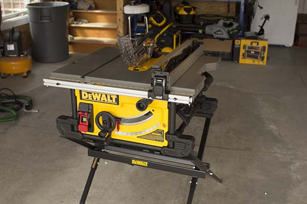 Dewalt Dwe7480xa Portable Table Saw Best Power And Hand Tools