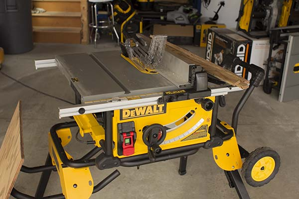 Dewalt DWE7491RS Portable Table Saw