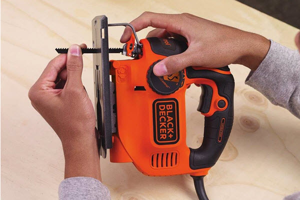 BLACK+DECKER BDEJS600C Quick Release Future